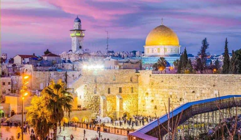 Израиль — молитесь, работайте  и наслаждайтесь