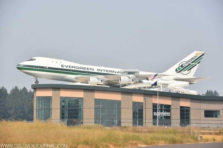 Дел Смит — основатель авиационной компании Evergreen Aviation