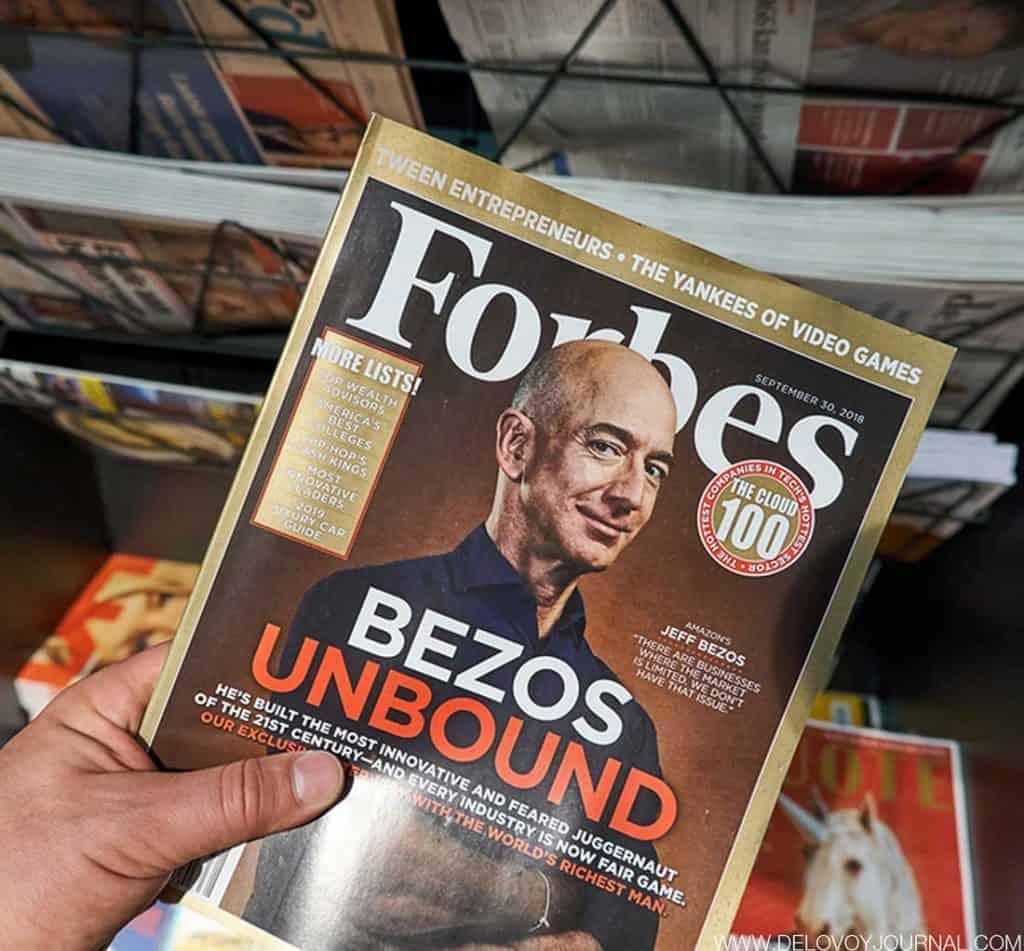 Джефф Безос на обложке журнала Форбс