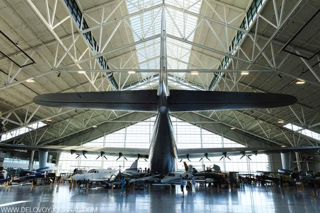 """Самый удивительный экземпляр музея Evergreen – летающий катер Hughes H-4 Hercules """"Spruce Goose"""", или же «еловый гусь»."""