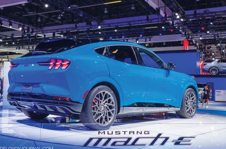 Ford Mustang Mach-E – без ручек, но с душой