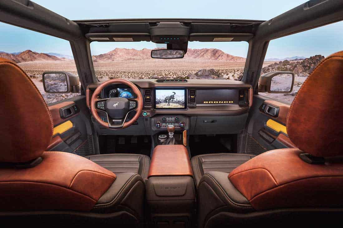 Форд Бронко 2021 интерьер