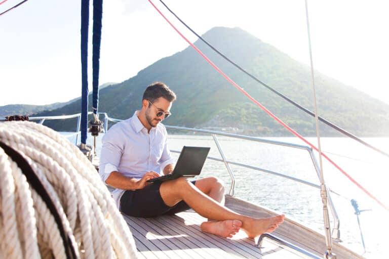 Управляем бизнесом на расстоянии, находясь в отпуске