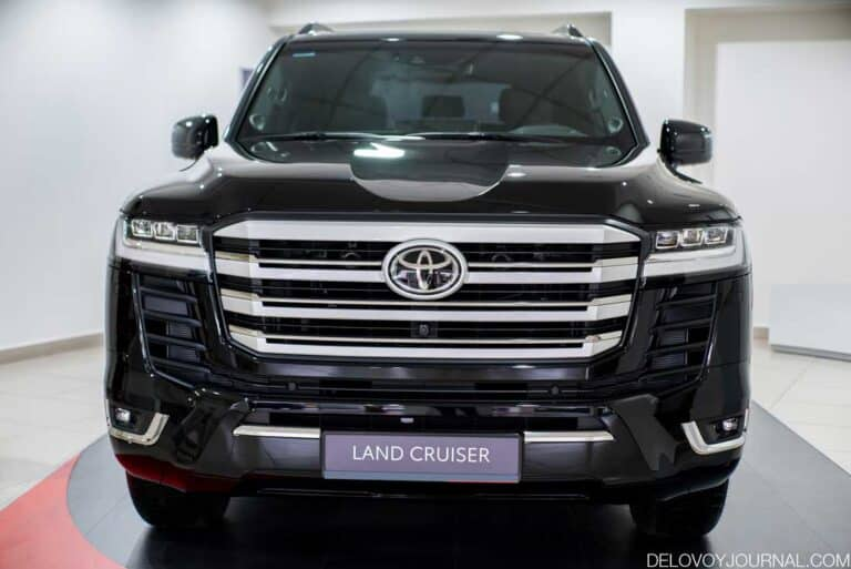 Toyota Land Cruiser новинка 2022